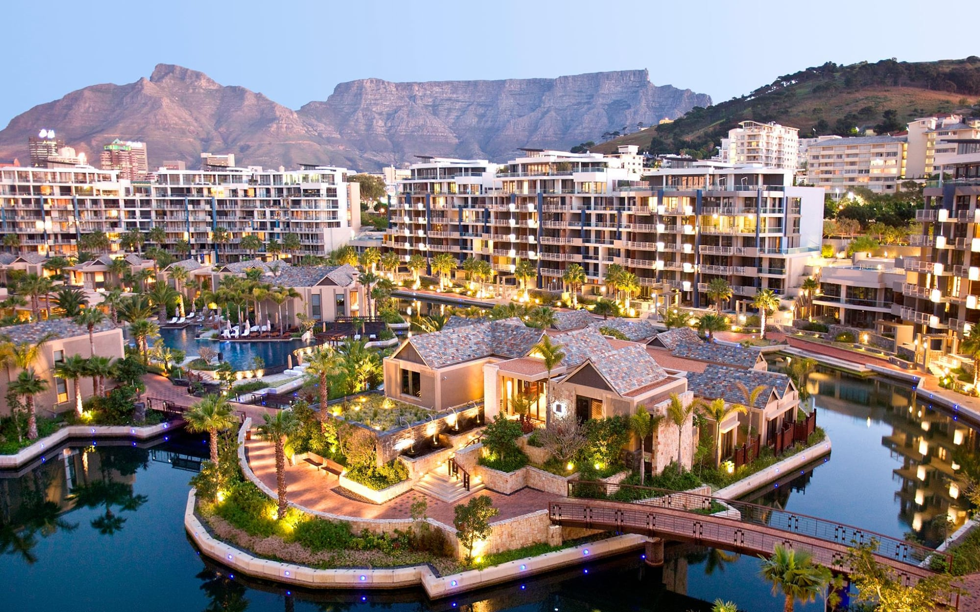 Vacation hub international review on cape town for Cape town south africa travel
