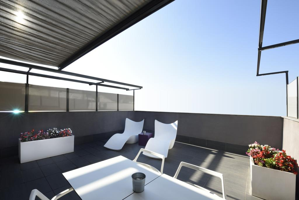 Vacation Hub International - VHI - Travel Club - Hotel Grums Barcelona