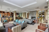 Vacation Hub International | Protea Hotel by Marriott Clarens Lobby
