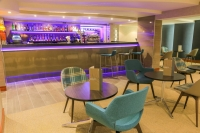 Vacation Hub International | Mercure Hotel Heathrow Lobby