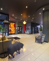 Vacation Hub International | Limerick City Hotel Lobby