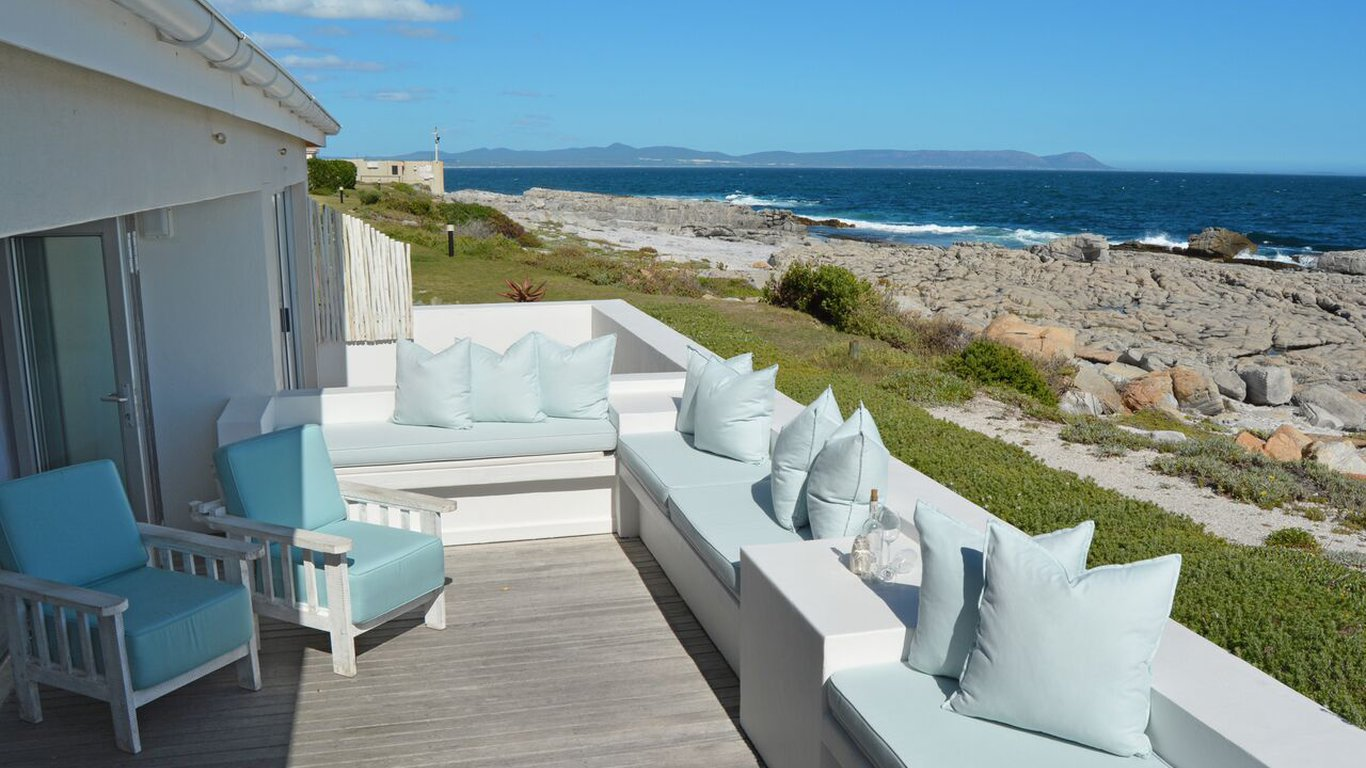 Vacation Hub International - VHI - Travel Club - Hermanus Beach Club