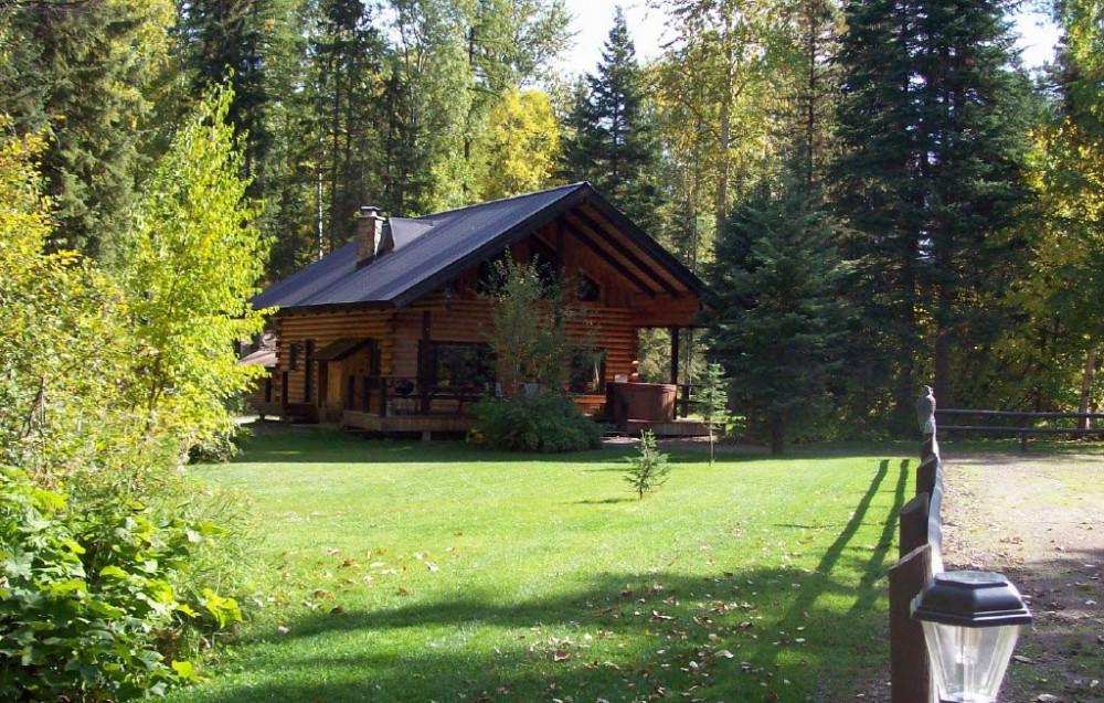 Vacation Hub International - VHI - Travel Club - Glacier Wilderness Resort
