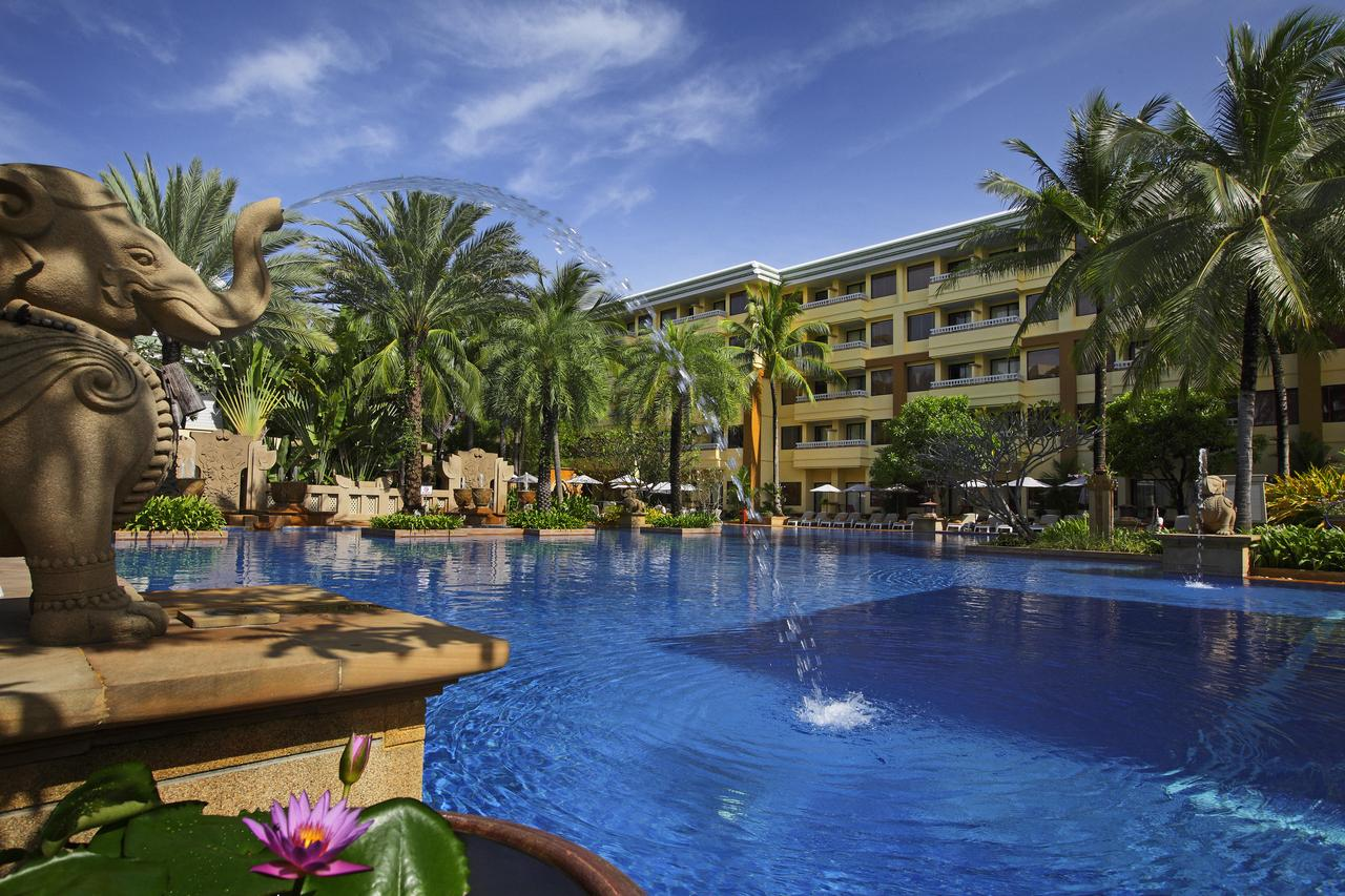 Vacation Hub International - VHI - Travel Club - Holiday Inn Resort Phuket