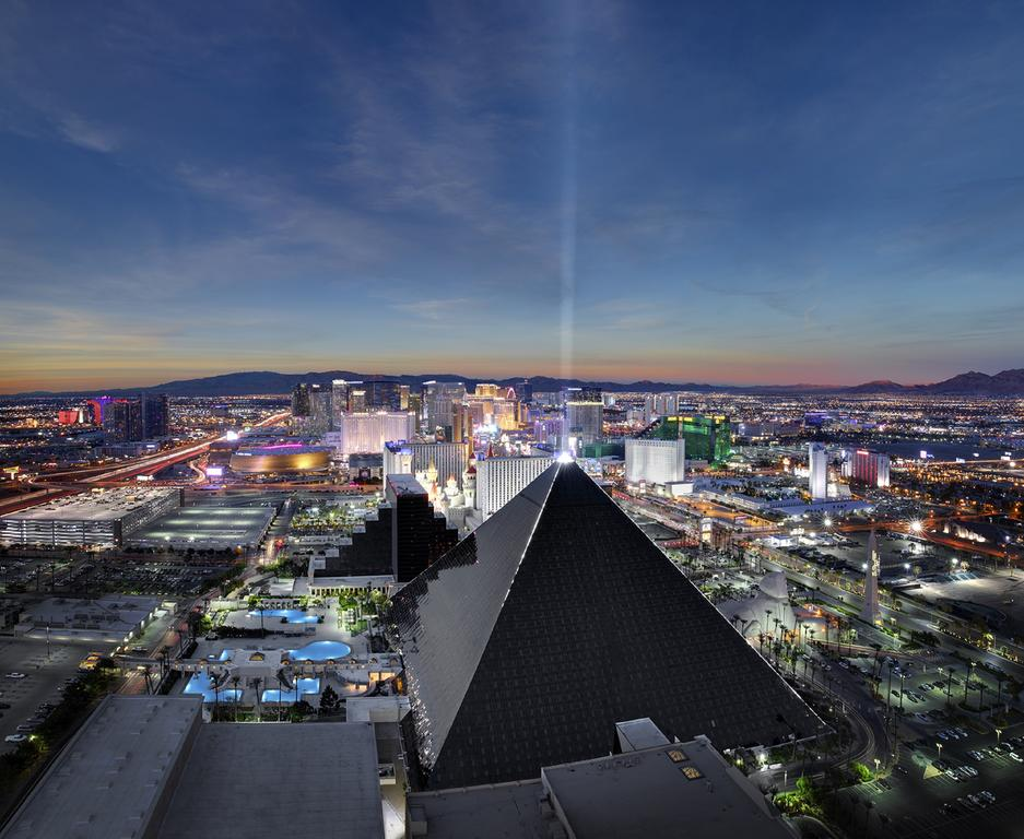 Vacation Hub International - VHI - Travel Club - Luxor Hotel & Casino