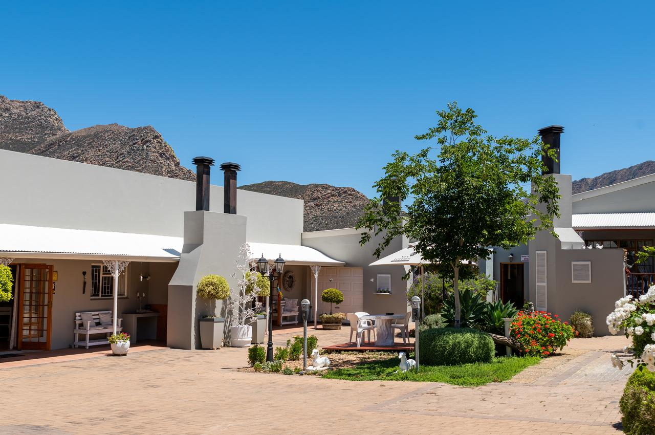 Vacation Hub International - VHI - Travel Club - Montagu Four Seasons