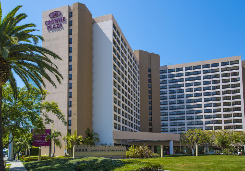 Vacation Hub International - VHI - Travel Club - Crowne Plaza Los Angeles Airport