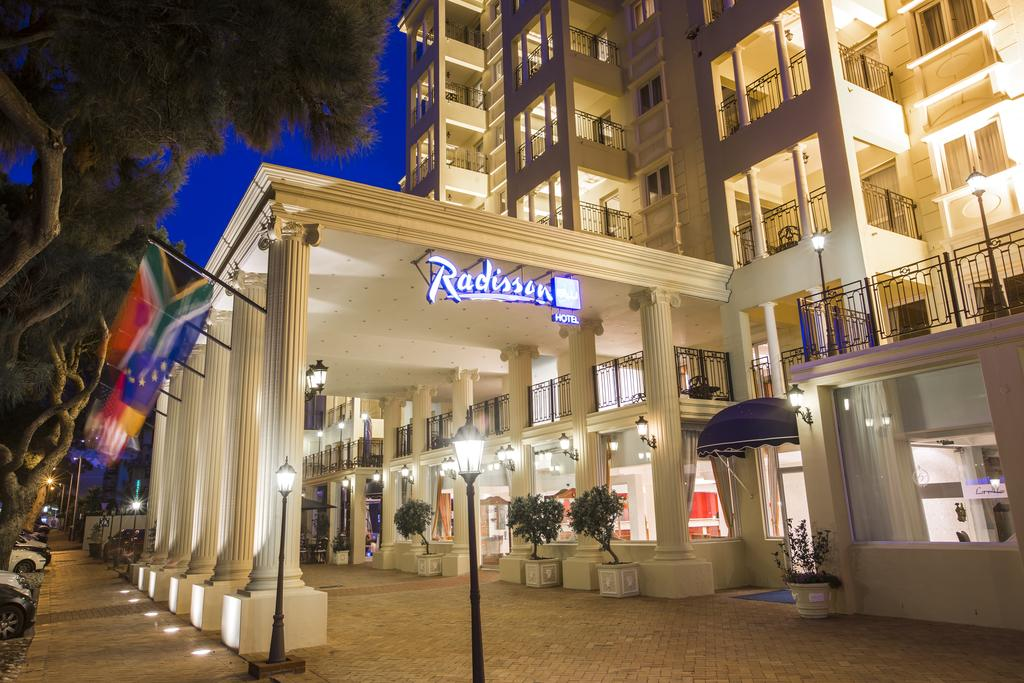 Vacation Hub International - VHI - Travel Club - Radisson Blu Le Vendome Hotel, Cape Town