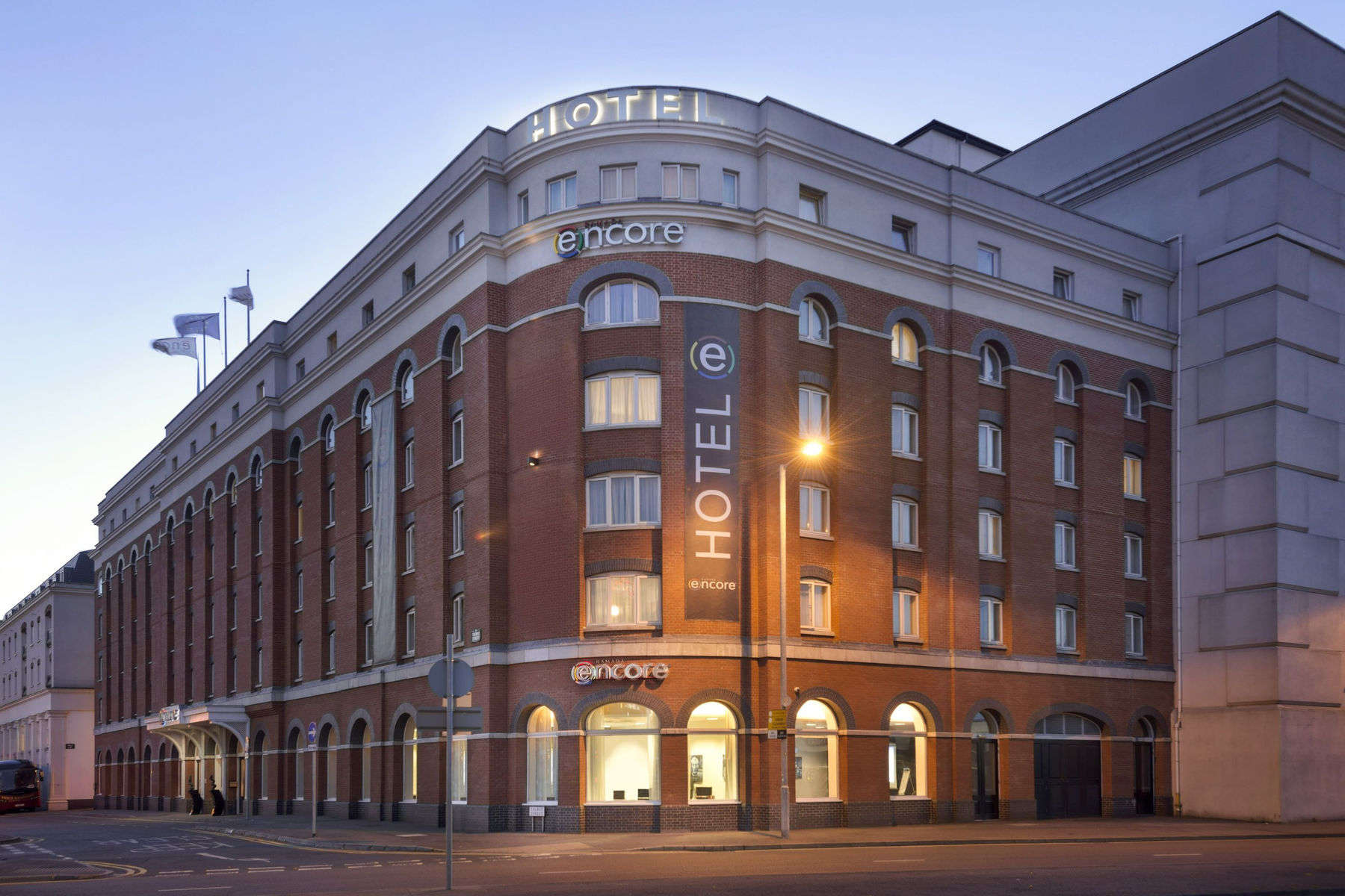 Vacation Hub International - VHI - Travel Club - Ramada Encore Belfast City Centre
