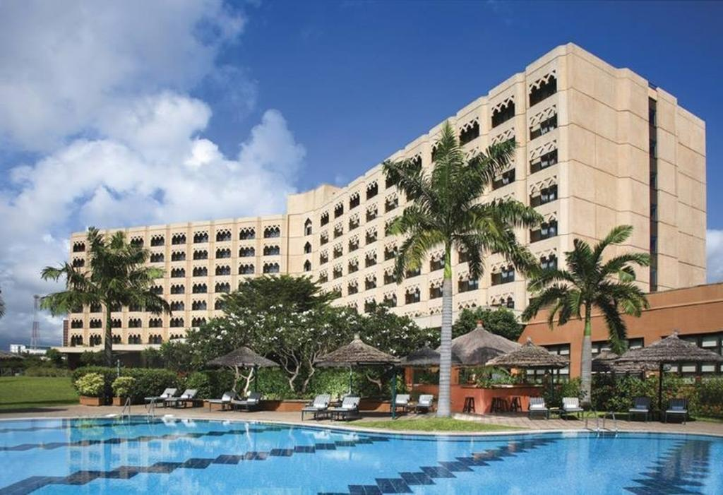 Vacation Hub International - VHI - Movenpick Royal Palm Hotel