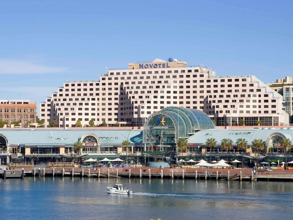 Vacation Hub International - VHI - Travel Club - Novotel Sydney On Darling Harbour