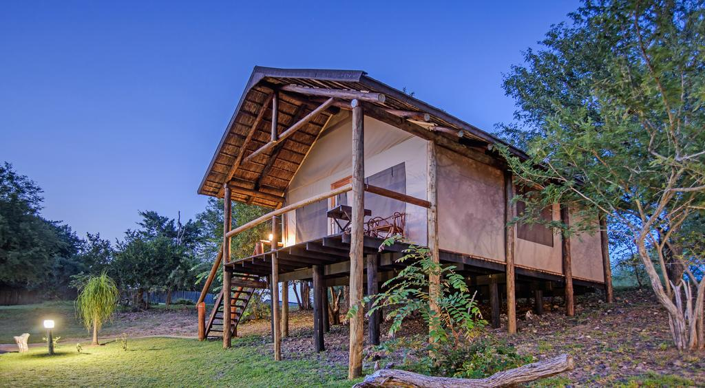 Vacation Hub International - VHI - Travel Club - Chisomo Safari Camp