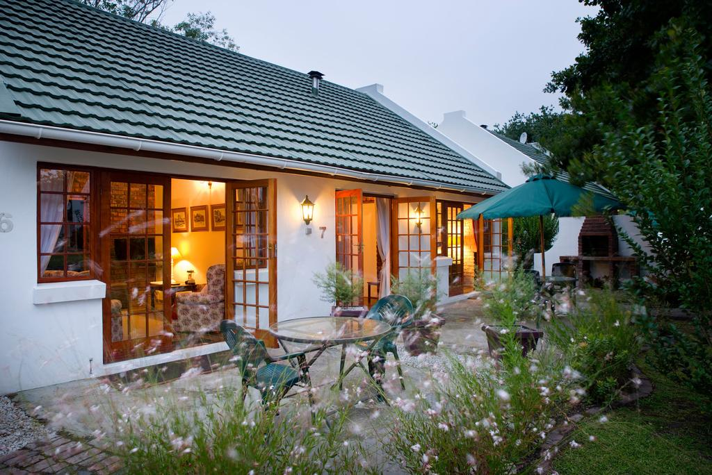 Vacation Hub International - VHI - Travel Club - Swallows Nest Country Cottages