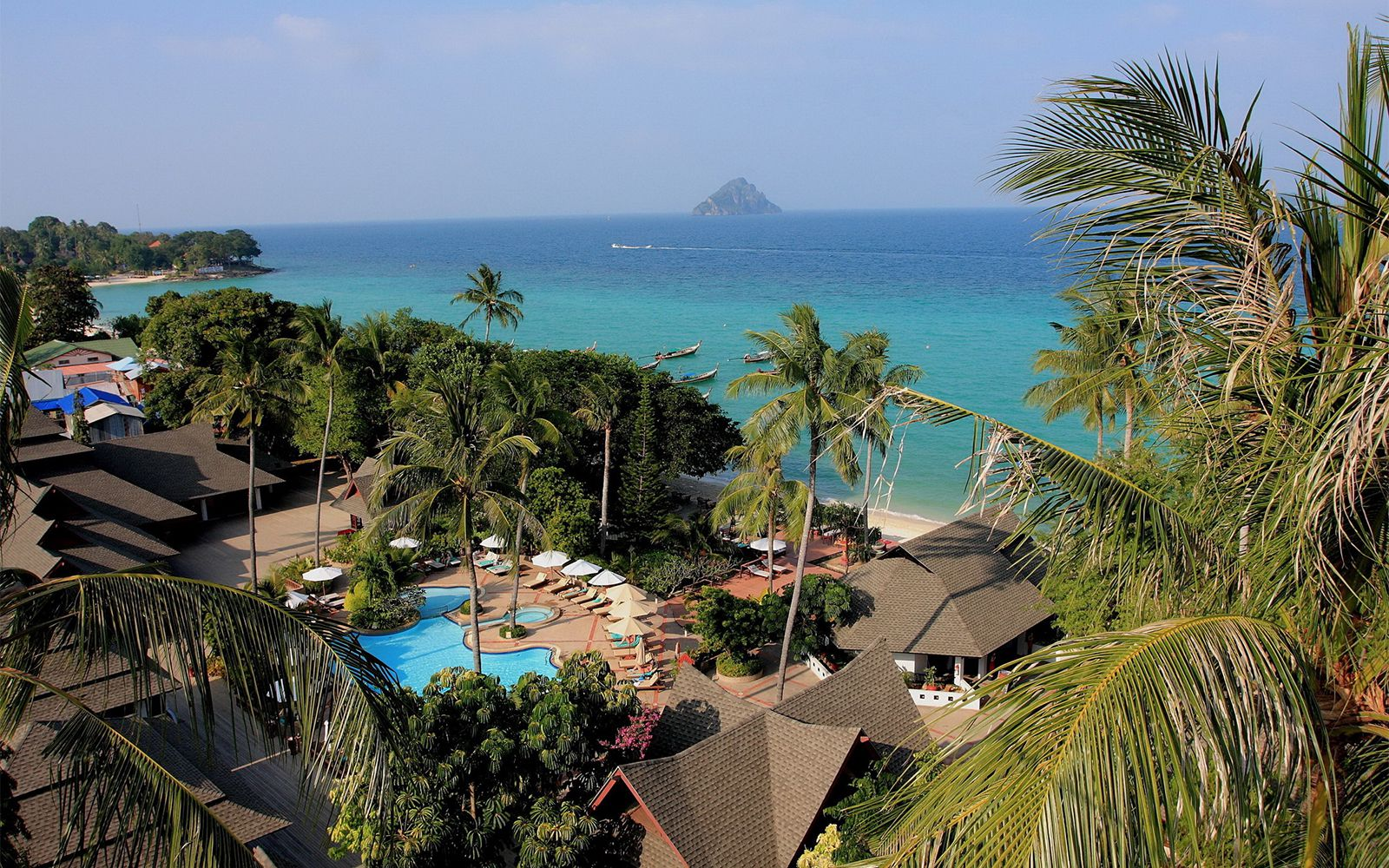 Vacation Hub International - VHI - Travel Club - Holiday Inn Phi Phi Resort