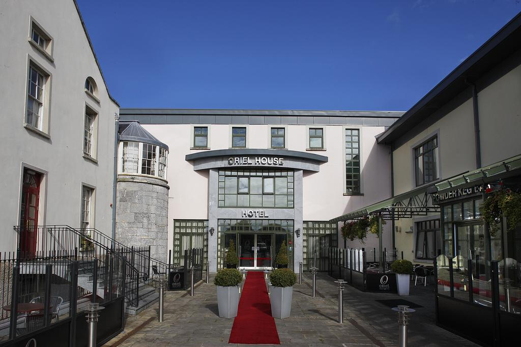 Vacation Hub International - VHI - Travel Club - Oriel House Hotel, Cork