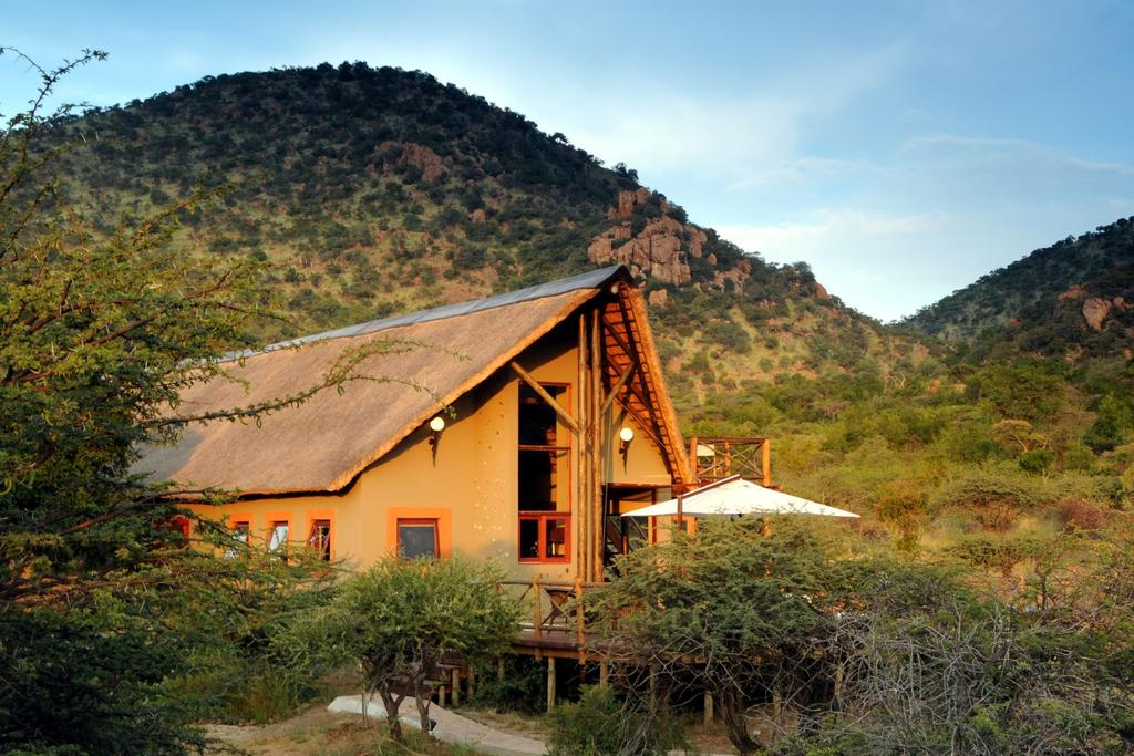 Vacation Hub International - VHI - Travel Club - Pilanesberg Private Lodge