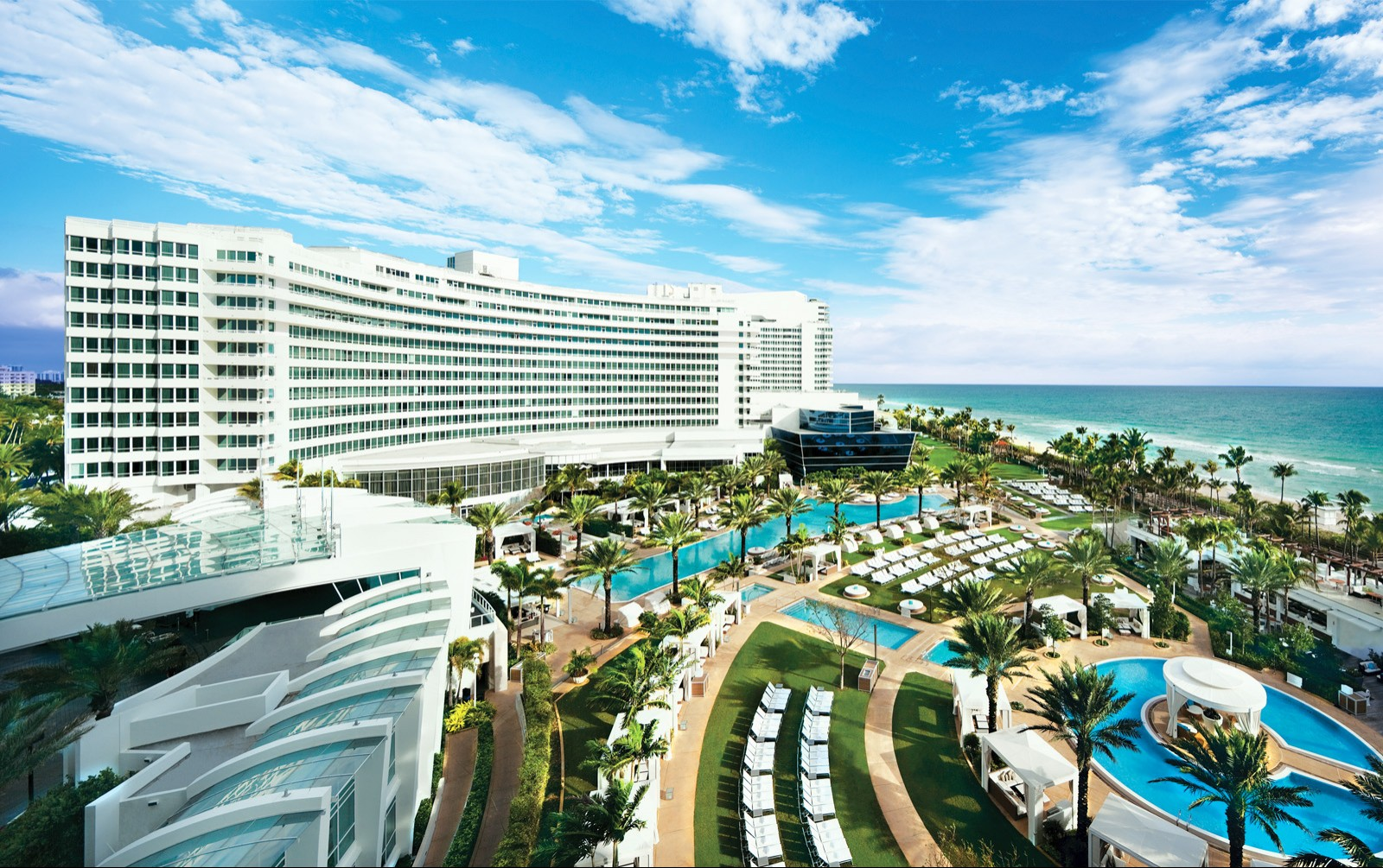 Vacation Hub International - VHI - Fontainebleau Miami Beach