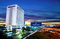 Vacation Hub International | Golden tulip sovereign hotel Main