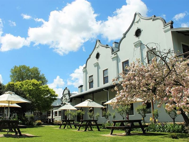 Vacation Hub International | Nottingham Road Hotel Main