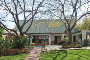 Vacation Hub International - VHI - Travel Club - Sunninghill Guest Lodge