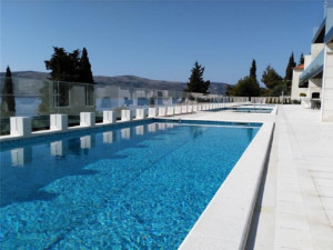 Vacation Hub International - VHI - Travel Club - 7 Bedroom Villa with Pool & Sea Views in Seget Vranjica nea