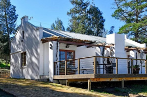 Vacation Hub International - VHI - Travel Club - Topiary Winery & Cottages