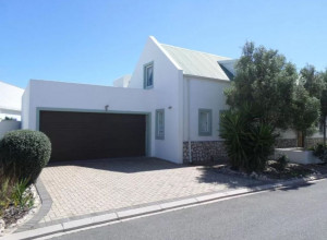 Vacation Hub International - VHI - Travel Club - Cove Cottage Langebaan