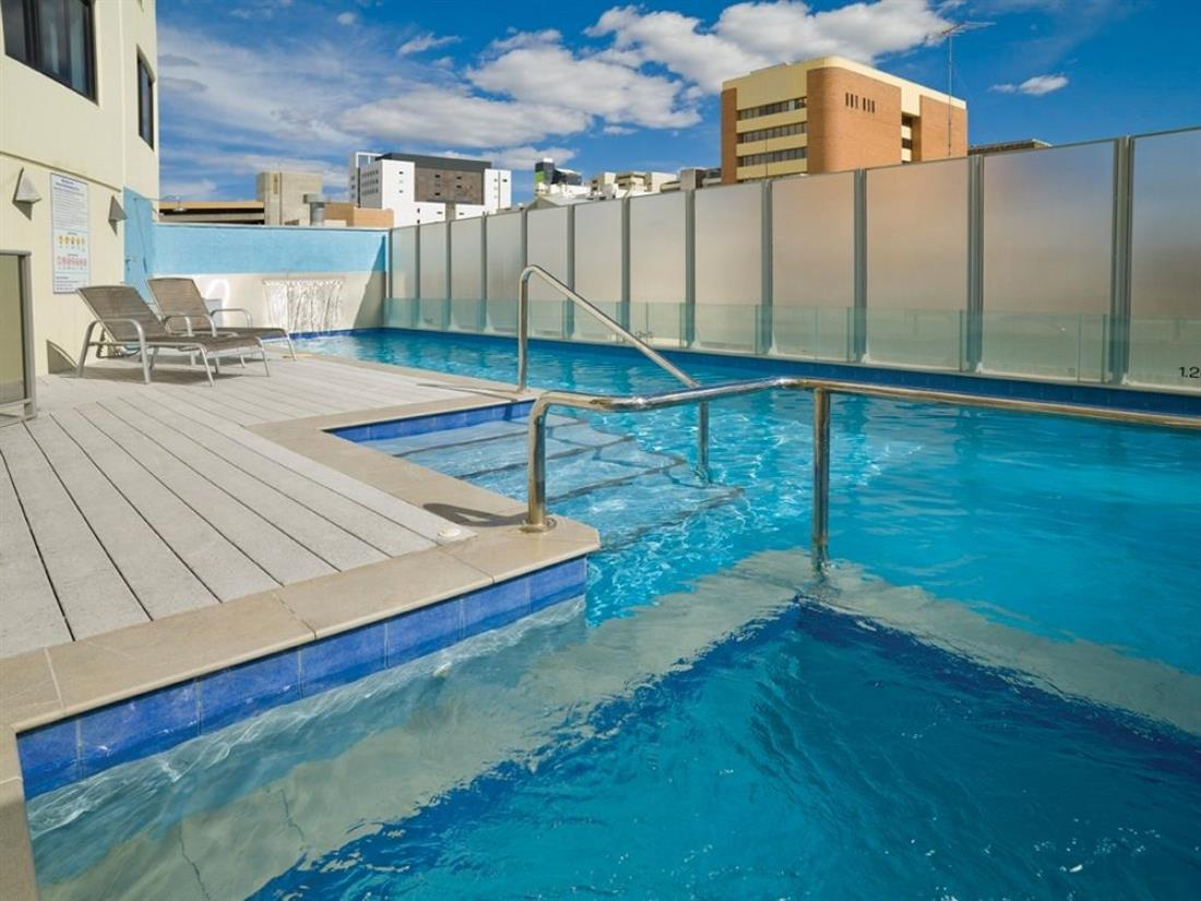 Vacation Hub International | Adina Apartment Hotel Perth Barrack Plaza Room