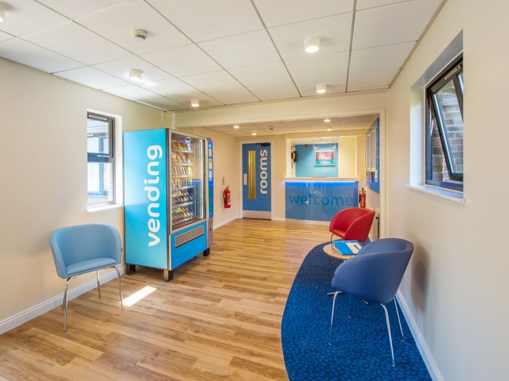 Vacation Hub International | Travelodge Chichester Emsworth Room